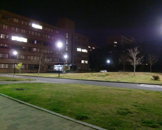 広島大学(東広島)駐輪場外灯新設2