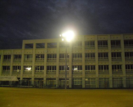 段原中学校運動場照明新設2